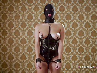 Unseeable harlot plays obedient beside full BDSM cam play