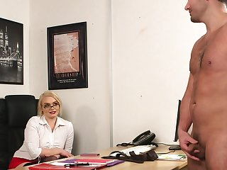 Office blonde wants surrounding attain wastefully orgasms here the boss's penis