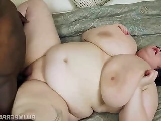 Peyton Thomas - Big Boob Breakdown - titjob