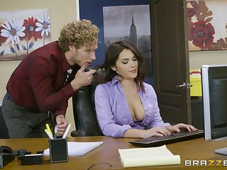 Office fucking excites sultry babe Valentina Nappi authoritatively