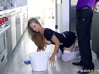 Sweet blonde gets the dick in a crazy kitchen tryout