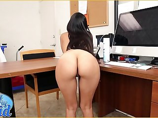 BANGBROS - Sean Lawless Has A Pioneering Latin Maid, Soffie, And She Is A Total MILF