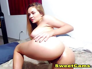 Horny Sexy Couple Having Sex Live On Cam