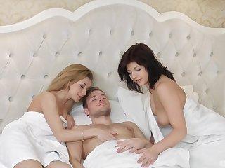 Hardcore threesome with Sonia Sweet and Rebecca Rainbow sharing cum
