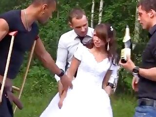 Russian bride luvs an bi-racial group-poke outdoors